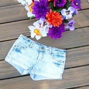 Acid wash tribal print shorts by mossimo size 5